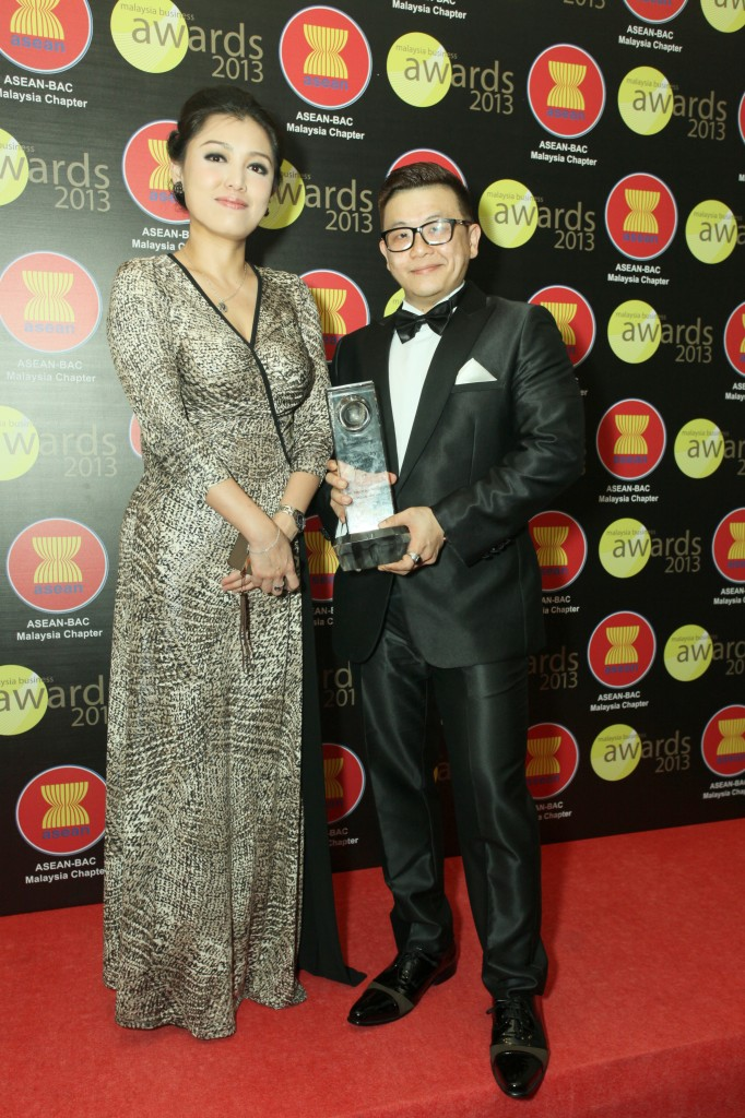 Founders of Fireworks Solutions Sdn Bhd. Yanzer Lee & Peiszu Choo